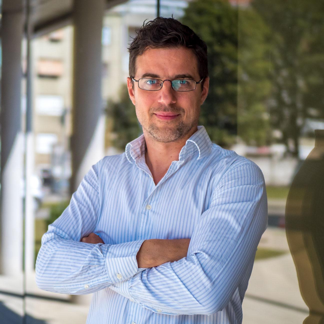 Assistant Professor PhD Siniša Bogdanović